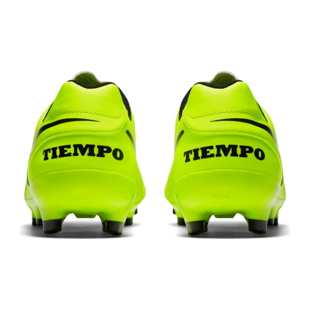 nike tiempo hard ground