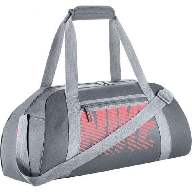 aec26bfe25d30 Nike Women s Gym Club Training Duffel Bag